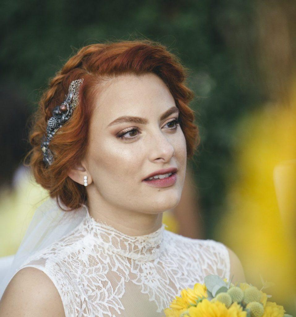 Acconciatura Sposa e Accessori 2018  le proposte per te - La Wedding ... b32ba8f101a7