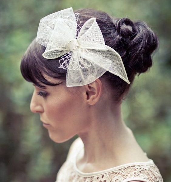 Acconciatura Sposa e Accessori 2018  le proposte per te - La Wedding ... d960ae224538