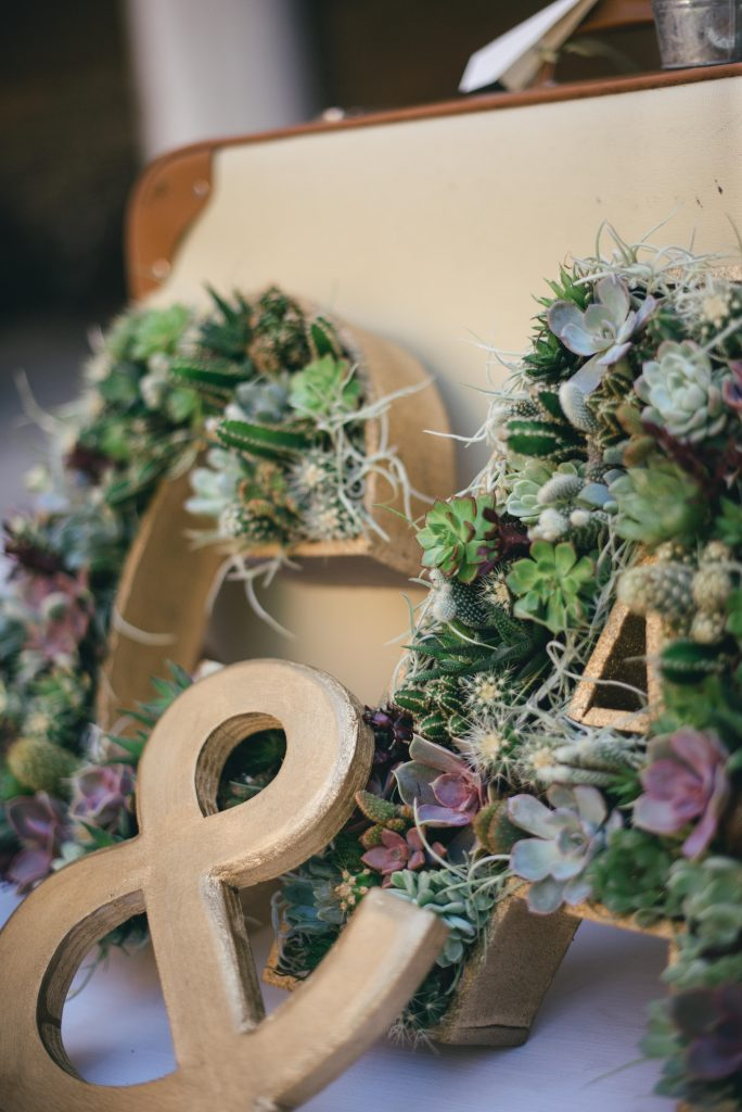 Lettere con fiori - La Wedding in Tasca