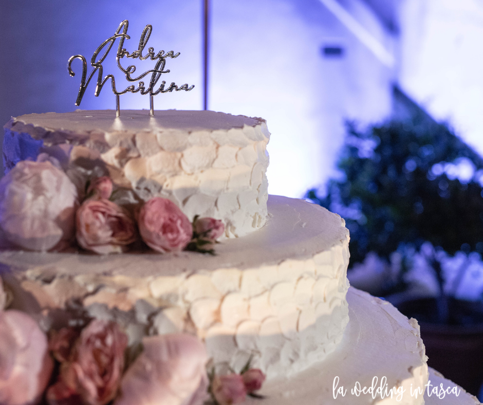 wedding cake, cake topper, sweet table